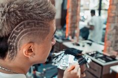 Langanis Barber/Espresso Bar⚜️ (@langanisbarber) • Instagram photos and videos Espresso Bar, High And Tight, Mens Hair Trends, Bald Fade, Faux Hawk, Bowl Cut, Comb Over, Crew Cuts, Mullets