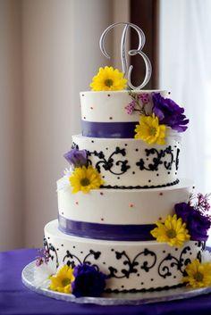 elegant lila und gelb Hochzeit 2014 Hochzeitsideen Hochzeitstorten Dekoartikel Gelb, Blau und Lila Hochzeit Ideen – 2014 Hochzeitsfarben Trend