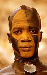 Kau Nuba face decoration; photograph by Leni Riefenstahl