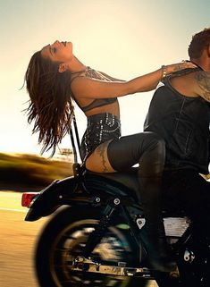 Celebrities in Boots: Cheryl Cole in Christian Louboutin Thigh High Boots. Cheryl Cole, Harley Davidson, Lady Biker, Biker Girl, Boho Chick, Biker Couple, Cheryl Fernandez Versini, Chicks On Bikes, Mode Rock