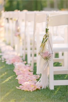 Prettiest Spring Wedding Color Inspirations You Must See--Rustic pink pastel wedding chair decors, muted wedding colors, spring pink rose quartz wedding decoration ideas Sparkle Wedding, Mod Wedding, Elegant Wedding, Trendy Wedding, Glamorous Wedding, Gold Sparkle, Wedding Bride, Wedding Aisle Decorations, Wedding Centerpieces