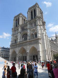 Notre Dame. Paris France. 1 week until I go!!! Yay!