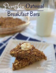 Pumpkin Oatmeal Breakfast Bar Recipe (Whole Grain, Low Sugar) :: via Kitchen Stewardship