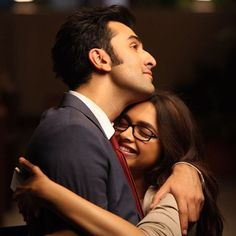 May 31 2016 marks the 3 YEAR anniversary of YJHD one of best films of Deepika's career, comment below your favourite scene from YJHD & use the #3YearsofYJHD