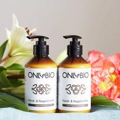 Die Handcrèmes von OnlyBio sind vegan und biologisch abbaubar. Das Produkt ist EcoCert-zertifiziert, was seine natürliche Herkunft und Verantwortung für die Natur bestätigt.  Jetzt erhältlich in Deinem Alnatura Bio Super Markt 💕 Super, Soap, Personal Care, Vegan, Bottle, Organic Beauty, Personal Hygiene, Flask, Soaps