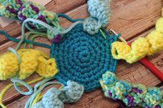 Háčkovaná chobotnička - návod - MoVe materiál Knit Crochet, Crochet Necklace, Diy Crafts, Knitting, Doggies, Tricot, Make Your Own, Breien, Ganchillo