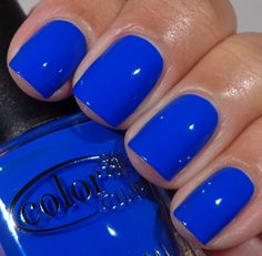 Color Club Summer 2013 - Bright Night Tardis blue :D How To Do Nails, My Nails, Pointy Nails, Coffin Nails, Acrylic Nails, Bright Summer Nails, Nails Summer Colors, Spring Nails, Vacation Nails