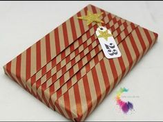Gift Wrapping Tutorial-Easy Japanese Gift Wrapping-Come confezionare un regalo-Natale Fai da te - YouTu. Gift Wrapping Tutorial, Gift Wrapping Bows, Gift Wraping, Creative Gift Wrapping, Present Wrapping, Christmas Gift Wrapping, Wrapping Ideas, Diy Christmas Gifts, Creative Gifts