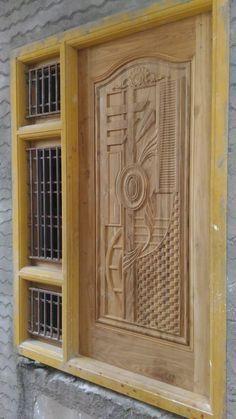 Single Main Door Designs, House Main Door Design, Main Entrance Door Design, Wooden Front Door Design, Wooden Main Door Design, Pooja Room Door Design, Door Gate Design, Wood Front Doors, Door Design Interior