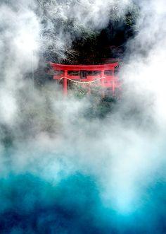 Torii gate at Beppu hot spring, Kyushu, Japan 別府温泉