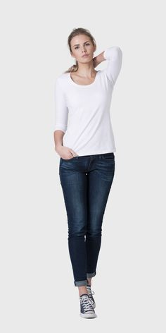The White T-Shirt Co | 100% organic cotton 3/4 sleeve scoop neck t-shirt
