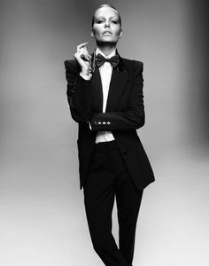 "From the Archives: Lara Bingle, Oyster Cover Girl Hermes suit and shirt, vintage bow tie from Zoo Emporium"" data-componentType=""MODAL_PIN Black And White Suit, Black Suits, Androgynous Fashion, Tomboy Fashion, Women's Fashion, Dandy Look, Women Wearing Ties, Tomboy Stil, Le Smoking"