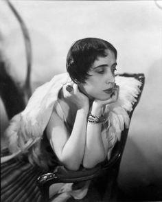 Cecil Beaton Exhibition at Sotheby's Paris Elsa Schiaparelli fashion designer