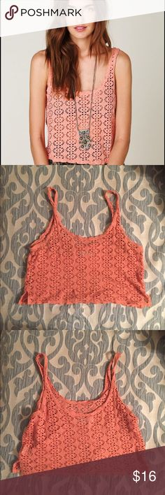 Free People crop top! Free People Beach crop top. A gorgeous crochet pattern in a lovely peach color. In good condition and only worn a few times. Free People Tops