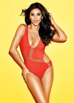 d1494e68faedf summer body inspiration    shay mitchell for cosmopolitan