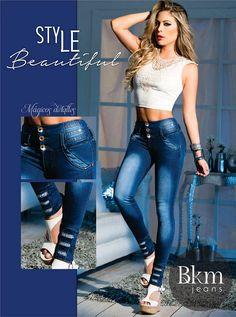 Disfruta estas fiestas con nuestra #MarcaDelDía: BKM Jeans. Conoce su nueva colección Magical Glow. Sencillamente encantadora. Local: 2115. 3521086.  Recuerden que tenemos #Madrugon todos los días hasta el 24 de Diciembre desde las 4 am. #ColombianoCompraColombiano Push Up, Active Wear, Skinny Jeans, Women's Fashion, Denim, How To Wear, Pants, Menswear, Fashion Branding