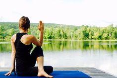 10 posturas de yoga para comenzar bien el día y crear un hábito saludable #Hábitossaludables