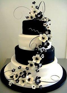 Beautiful black & white floral wedding cake
