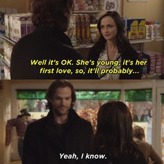 REKLAMLAR Rory asks about his sister, Clara, and he explains that she's living in Germany with her first boyfriend. Gilmore Girls Dean, Gilmore Girls Netflix, Gilmore Girls Quotes, Lorelai Gilmore, Rory Gilmore Style, Gilmore Girls Fashion, Rory And Logan, Team Logan, First Boyfriend