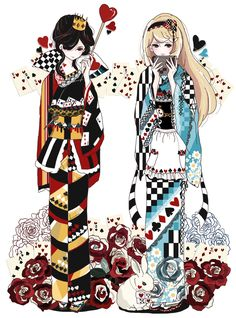 不思議の国のアリスをイメージして着物を描きました。 ←左(ハートの女王) →右(アリス)