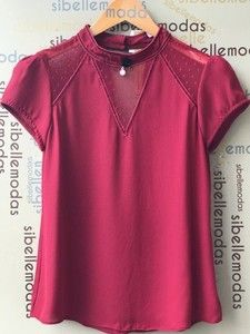 BLUSA CREPE TULE POÁ PEROLA Blouse Patterns, Blouse Designs, Cool Outfits, Fashion Outfits, Womens Fashion, Sewing Blouses, Work Tops, Western Dresses, Pulls