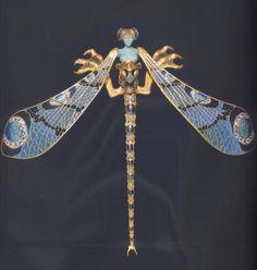 "Dragonfly woman corsage ornament. Rene Lalique (1860-1945). Gold, enamel, chrysoprase, moonstones, and diamonds, 23 x 26.5cm (9 x 10 3/8"")1897 - 1898."