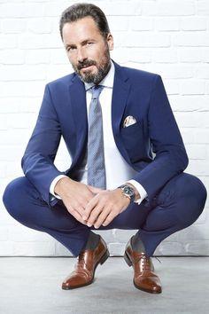 mens suits 2018 -- CLICK Visit link above for more info Suits You Sir, Men's Suits, Mens Fashion Blog, Mens Fashion Suits, Style Fashion, Fashion Tips, Outfit Hombre Formal, Terno Slim, Grey Suit Men