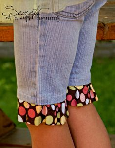 Secrets of a Super Mommy: Unfinished Projects~Cut off Jeans Shorts (and what to do with the leftover Legs!)