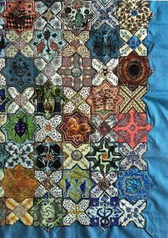 Islamic Tiles, detail, by Lucy Boston Texture - we just love the melding of a traditional Islamic design with a traditional American craft like quilting. Islamic Tiles, Islamic Art, Millefiori Quilts, Cross Quilt, Hexagon Quilt, Geometric Quilt, Antique Quilts, English Paper Piecing, Quilting Designs