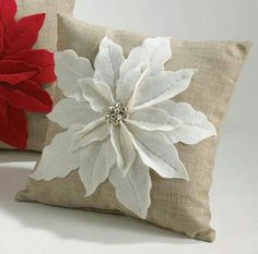 8 Knowing Clever Tips: Decorative Pillows Sectional Brown Leather decorative pillows bedroom pillowcases.Decorative Pillows Living Room Mirror decorative pillows with words spaces.Decorative Pillows On Bed Pink. Christmas Sewing, Christmas Projects, Holiday Crafts, Christmas Crafts, Christmas Decorations, Christmas Poinsettia, Poinsettia Flower, Xmas, Coastal Christmas