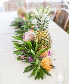 centros de mesa verdes tropicales