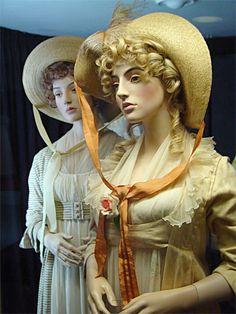 Picnic dresses  Sense and Sensibility 1995