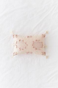 Slide View: 1: Stellan Lumbar Pillow