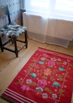 """""""Oda"""" rug in cotton – Rugs – GUDRUN SJÖDÉN – Webshop, mail order and boutiques   Colorful clothes and home textiles in natural materials."""