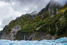 Fox glacier is down right enchanting still frothing on the fact that I literally got to stand and explore ice that hade been frozen for centuries!  thanks heaps @foxglacierguidingnz!