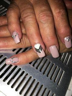 Nude pink with white and gun metal with gems gel nails Gel Nails, Gun, Polish, Metal, Beauty, Nail Gel, Beleza, Gel Nail, Enamel