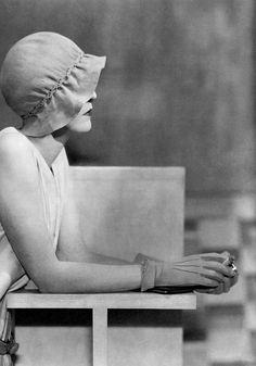 Fashion photo by George Hoyningen-Huene, Vogue 1929