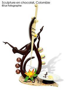 colombia-choc sculpture