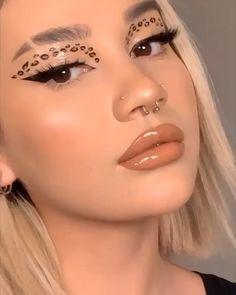 Makeup Eye Looks, No Eyeliner Makeup, Cute Makeup, Makeup Art, 70s Makeup Look, Makeup Eyes, Cheetah Makeup, Pink Makeup, Vintage Eye Makeup