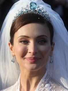 Princess  Isabella Orsini in the diadem of the Prince de Ligne. She married Prince Edouard de Ligne de la Tremoille of Belgium in 2009.  See Tiaras: Aquamarines for the tiara alone.