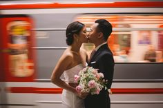 prewedding love session in prague