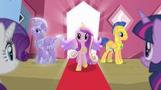 princess cadence arriving in ponyville to visit twilight