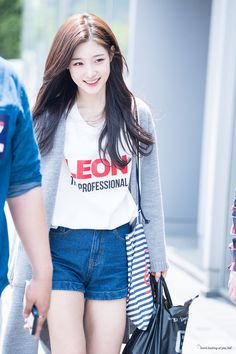 Reject the Binary: Photo Girls Fashion Clothes, Girl Fashion, Fashion Outfits, Jung Chaeyeon, Casual Outfits, Cute Outfits, Pretty Females, Ulzzang Korean Girl, Grunge Girl