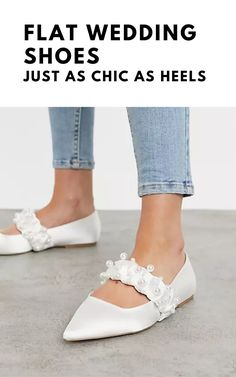 Think flat wedding shoes are not as elegant as heels? We've rounded up our favorite ballet pumps, flat peep-toes and bridal sandals.