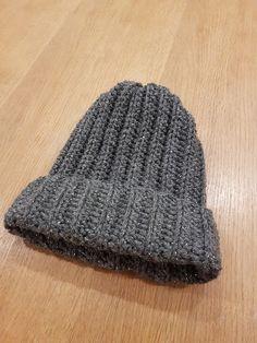by MiaBina: Hittipipo - The Crocheted Beanie Crochet Beanie, Knitted Hats, Pom Poms, Knitting, Fashion, Moda, Tricot, Fashion Styles, Breien