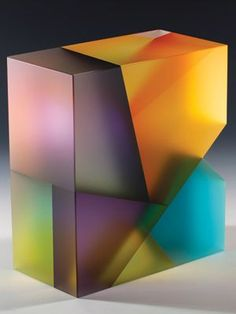 Jiyong Lee - Cut, laminated and carved glass: