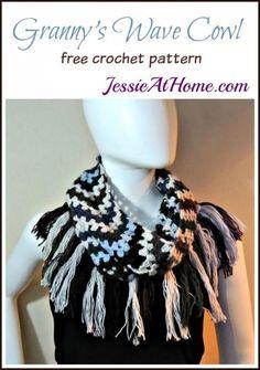 Grannys Wave Cowl free pattern with tassel fringe Crochet Scarves, Crochet Shawl, Crochet Stitches, Free Crochet, Knit Crochet, Crochet Patterns, Crochet Wraps, Crochet Ideas, Crochet Gifts