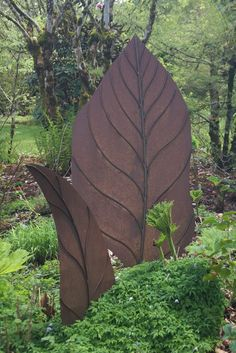 Fabulous Leaf Garden Art!