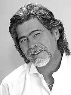 Randy Owen of the group Alabama. i can't find a decent earlier pic of him. but trust me. and the same eye shape that is becoming a vaguely disturbing trend on this pin board. Country Music Stars, Old Country Music, Country Western Singers, Country Bands, Country Music Artists, Country Guys, America Band, Mountain Music, Old Singers