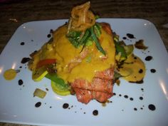 Salmon curry with vegetables